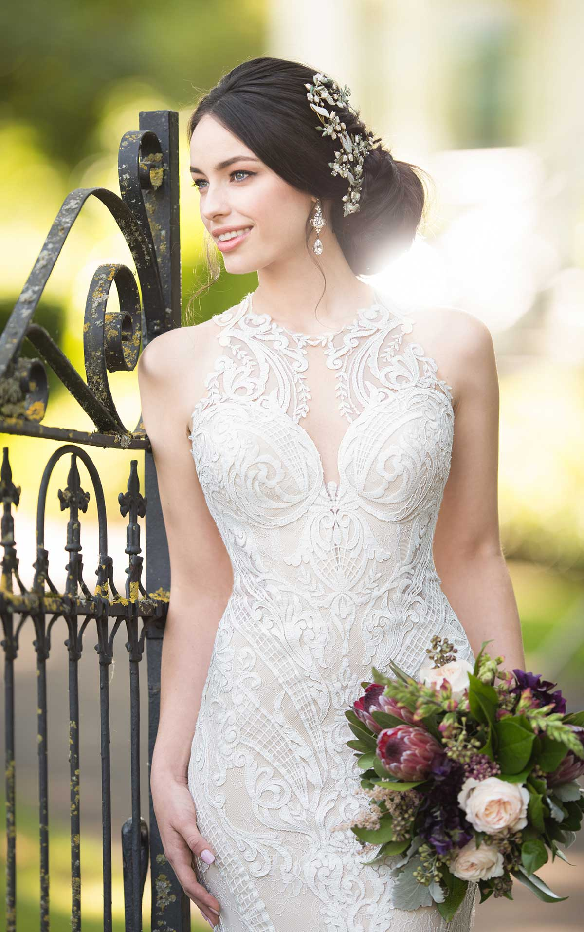 Off the rack Wedding Dress Sample Sale Clearance